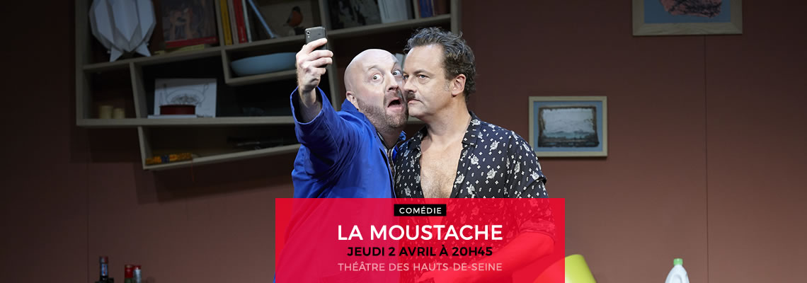 La-moustache
